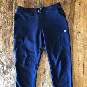 FIGS Navy scrub pants sz medium
